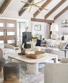Designer Lisa Sherry crafts a casual luxe Winston-Salem getaway - QC Exclusive Cozy Living Rooms, Home Living Room, Living Room Designs, Living Room Decor, Living Spaces, Decor Room, Cottage Living, Rustic Home Interiors, Gothic Home Decor