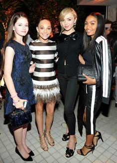 Actress Mackenzie Foy, dancer Maddie Ziegler and actresses Peyton List and Yara Shahidi attend Teen Vogue Celebrates the Annual Young Hollywood Issue with Emporio Armani on October 2015 in Beverly Hills, California. Niñas Del Reality Show Dance Moms, Tween Fashion, Girl Fashion, Moda Tween, Mackenzie Foy, Kendall Vertes, Dance Moms Girls, Hollywood Party, Maddie Ziegler