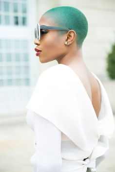 black girl in colorful hair | green hair | black women stylin