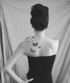 As tatuagens foram criadas pelas antigas civilizações. Muito das técnicas surgiu dos índios. Ao longo dos milênios a arte foi absorvidas por todas as civilizações do planeta. Tornou-se uma forma de expressão comum. De símbolo de rebeldia a uma declaração de amor, é usada para causar diversas interpretaçõe