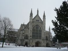 snow. winchester cathedral..magic
