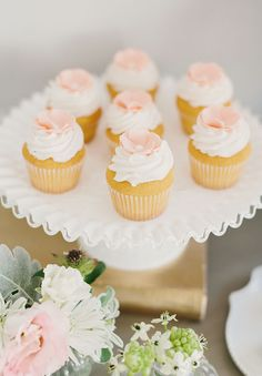Glamorous-French-Country-Romantic-Provincial-Inspiration-sweet-rustic-peach-pink-cream-white-queensland-awesome-bride-inspiration-wedding4