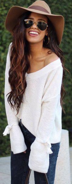 #winter #outfits white sweater, dark jeans, beige hat