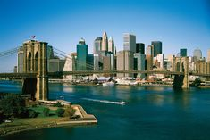 Lower Manhattan. - The Brooklyn Bridge. -