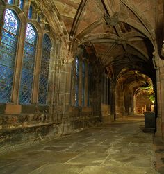 Corridor in Chester Cathedral.spent some time hovering around here, just before the clergy did their procession to begin the Christmas Carol Service. Gothic Architecture, Beautiful Architecture, Chester Cathedral, England And Scotland, No Photoshop, Medieval Castle, Place Of Worship, Grand Tour, Historical Sites