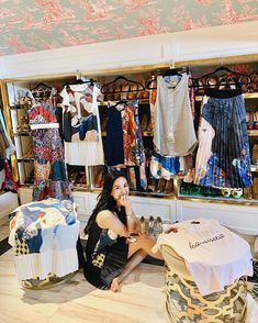 Heart Evangelista Heart Evangelista Style, Dressing Room Decor, Filipina Actress, Classy And Fabulous, Passion For Fashion, Daily Outfit, Asian Models, Inspiring Women, Street Style