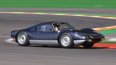 Ein Porsche 904 Carrera GTS, der 1,6 Millionen Euro wert ist, drehte in den vergangenen Tagen in Spa-Francorchamps seine Runden.  if (!window.PLISTA || !PLISTA.publickey) { window.PLISTA = { publickey: ... weiterlesen