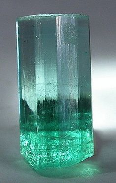 Crystals & Stones: A 5-carat #Emerald, from Muzo.