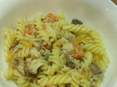 As we do not get fresh crab where we live I had to make do with tinned cran to make this delicious crab pasta dish.