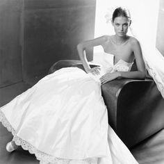 My dream wedding dress, Valentino Sposa. Couture Wedding Gowns, Fall Wedding Dresses, Wedding Dress Styles, Wedding Shoes, Wedding Stuff, Wedding Ideas, Alternative Bride, Beach Wedding Favors, Jackie Kennedy