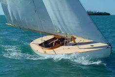 Herreshoff day sailing boat