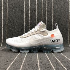 The 10 Off White x Nike Air Vapormax Fk WIT c.2017 Curvy Petite Fashion, Running Shoes Nike, Nike Shoes, Nike Air Vapormax, New York Fashion, Milan Fashion Weeks, Africa Fashion, Sneakers Nike, Fashion Models