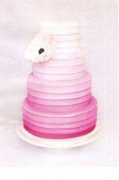 Grace-Ormond-ombre-cake