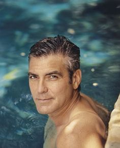 George Clooney has been around Hollywood for more years than I care to remember. His dashing looks and on screen persona has warmed the hearts of many Kentucky, Emmanuelle Béart, Hot Guys, Hot Men, Actrices Sexy, Photo Portrait, Most Handsome Men, Handsome Actors, Catherine Deneuve