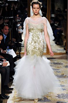 Marchesa Fall 2012 RTW - Review - Fashion Week - Runway, Fashion Shows and Collections - Vogue