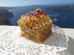"""Το γλυκό της χαράς, με γεύση και άρωμα ξεχωριστό. Ήταν το εμβληματικό γλυκό της αστικής τάξης του χθες και αφιερωμένο στον βασιλιά Γεώργιο τον Α. Το όνομά του το οφείλει στην Δανία από όπου προέρχεται. Τελευταία έκανε ένα ηχηρό """"come back"""" στα νησιά μας. Από την Κρήτη μέχρι την Σαντορίνη. Το δοκίμασα από τα «χεράκια» …"""