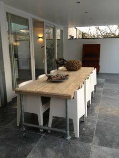 Steigerhout Furniture - Steigerbuizen tafel Tarvold. Exclusieve steigerbuis tafels op maat gemaakt. - Steigerhout Furniture | Unieke steigerhouten meubelen & tuinmeubelen op maat gemaakt!