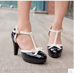 2015 women new fashion spring summer sweet japanned leather thick 9cm high heels sandals t strap casual shoes plus size 40-43
