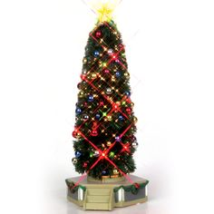 The tree rotates with lights flashing on and off alternately