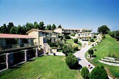 Daphne Holiday Club - Chalkidiki Armed Forces Vacation Club, Greece Hotels, Holiday Club, Greece Islands, Mansions, House Styles, Travel, Home, Decor