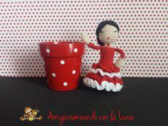 flamenca-amigurumi Ideas Para, Planter Pots, Lily, Crochet, Crochet Dolls, Sewing Projects, Flamingo, Tutorials, Dots
