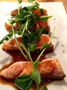 Asian Salmon Tataki – quick and easy! Healthy Appetizers, Easy Healthy Recipes, Healthy Cooking, Healthy Meals, Salmon Recipes, Asian Recipes, Ethnic Recipes, Seafood Dishes, Seafood Recipes