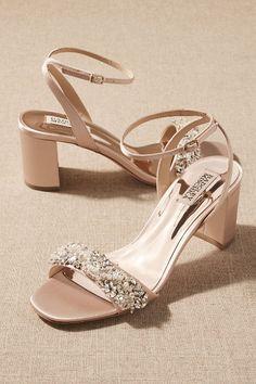 Wedding Shoes Block Heel, Blush Wedding Shoes, Wedding Shoes Heels, Bride Shoes, Champagne Wedding Shoes, Ivory Wedding, Gown Wedding, Wedding Dresses, Bridesmaid Dresses