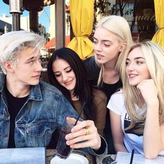 Sisters/band mates Daisy Clementine Smith Starlie Cheyenne Smith Pyper America Smith The Atomics