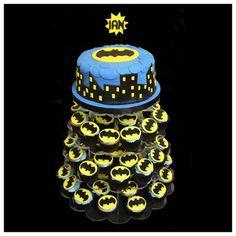 Lindos Modelos de Tortas con Cupcakes . Hoy te traigo unos lindos modelos de tortas para un cumpleaños de un niño o niña, pero acompañados c...