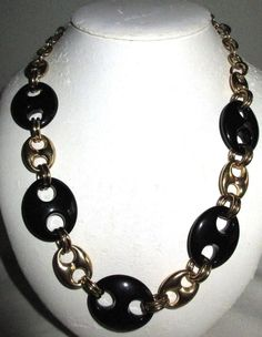 """VINTAGE 22"""" GRAZIANO CN SIGNED GOLDTONE/BLACK LUCITE CHAIN LINK NECKLACE"""