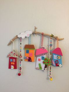 Recycling And Decoration Crafts See How To Reuse Plastic Bottles. Recycling And Decoration Crafts Buzztmz Artesanato - Diy Crafts Cardboard Crafts, Clay Crafts, Felt Crafts, Home Crafts, Diy And Crafts, Crafts For Kids, Arts And Crafts, Paper Crafts, Sewing Crafts