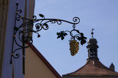 Rothenburg ob der Tauber, Germany by Richard Ainsworth