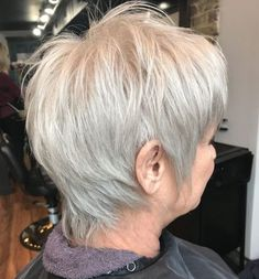 20 Shaggy Hairstyles for Women with Fine Hair over 50 - One-Color Silver Pixie with Choppy Layers - Medium Shaggy Hairstyles, Short Shaggy Haircuts, Shaggy Short Hair, Short Hairstyles Fine, How To Curl Short Hair, Short Thin Hair, Hairstyles Over 50, Short Hair Cuts For Women, Short Hair Styles
