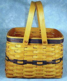Longaberger 1998 Collectors Club Harbor Basket Blue with Plastic Liner Clean!