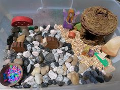 JADA ROO CAN DO: Fairy Sensory Bin
