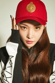 Photo album containing 10 pictures of Chungha Chung Ah, Jung Chaeyeon, Fandom, Pretty Asian, Beautiful Voice, Ulzzang Girl, Best Memes, Jessie, Kpop Girls