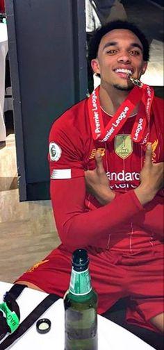 Liverpool Fc, Liverpool Football Club, Alexander Arnold, Jesse Lingard, Ronaldo, Steven Gerrard, Zinedine Zidane, Ac Milan, Chelsea Fc
