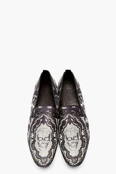 ALEXANDER MCQUEEN Black Lace & Skull Loafers #alexandermcqueenskull #alexandermcqueenshoes