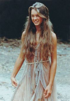 What do people think of Brooke Shields? See opinions and rankings about Brooke Shields across various lists and topics. Brooke Shields Blue Lagoon, Pretty People, Beautiful People, Beautiful Film, Beautiful Things, Estilo Hippie, Look Boho, Boho Style, 80s Style