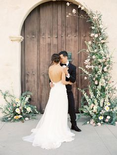 Black Tie Wedding Style with Autumnal Florals Wedding Reception Flowers, Floral Wedding, Wedding Ceremony, Wedding Dresses, Wedding Church, Ceremony Arch, Bridal Flowers, Wedding Bouquet, Fine Art Wedding Photography