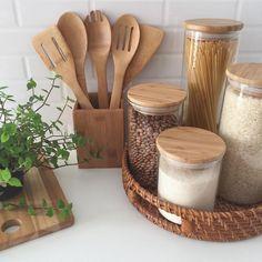 Kitchen Wood Design, Home Decor Kitchen, Cheap Home Decor, Diy Home Decor, Room Decor, Kitchen Organisation, Home Organization, Fancy Kitchens, Decoration