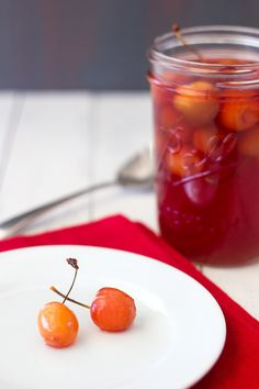 DIY Maraschino Cherries | brighteyedbaker.com