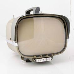 960 Vintage Sony 8-301W Portable Transistor TV