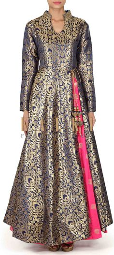 Navy blue suit with pink silk lehenga only on Kalki Kurti Neck Designs, Blouse Designs, Pakistani Outfits, Indian Outfits, Look Short, Brocade Dresses, Indian Gowns, Silk Lehenga, Anarkali Dress