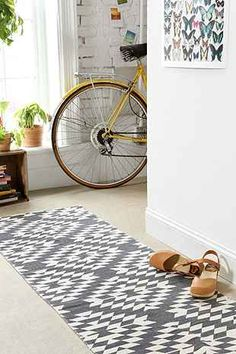 Magical Thinking Costa Geo Runner - Urban Outfitters