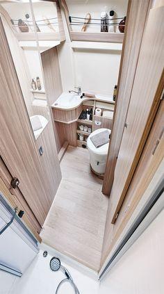 Salle de bain fourgon aménagé Dreamer D55