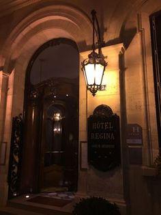 Les magnifiques lanternes de l'hôtel Regina... Les Artisans du Lustre sont à votre disposition pour la reproduction sur mesure de toute lanterne classique