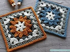 Crochet Granny Square Patterns A granny square that looks like a cross between an anemone and a sunflower, achieved by making clusters of Treble Crochet. Free pattern that… Crochet Blocks, Granny Square Crochet Pattern, Crochet Squares, Crochet Granny, Crochet Motif, Diy Crochet, Crochet Designs, Crochet Crafts, Crochet Patterns