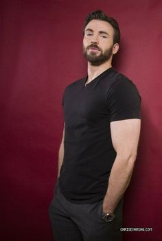 oh chris evans ....... muscles.........
