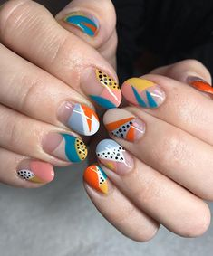 Looking for some exciting nail art designs? Keep reading to see some of the most exciting nail trends of from pearl embellishments to almond tips. Nail Art Designs, Simple Nail Designs, Nails Design, Minimalist Nails, Nail Art Abstrait, Cute Nails, Pretty Nails, Hair And Nails, My Nails